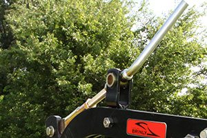 PP 51BH feature 5 - Sleeve Hitch Moldboard Plow <span>|</span> PP-51BH